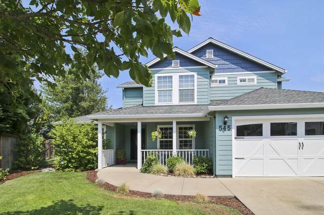 545 Diego Court, Central Point, OR 97502 (MLS #220128242) :: Vianet Realty