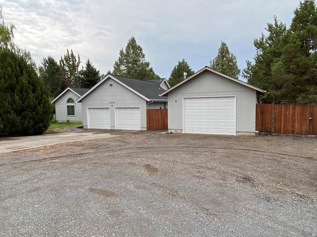 63620 Boyd Acres Road, Bend, OR 97701 (MLS #220128257) :: The Ladd Group
