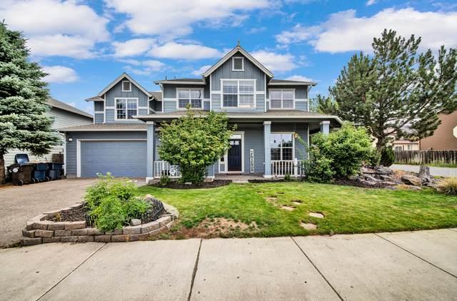 2312 NE 5th Street, Redmond, OR 97756 (MLS #220128263) :: Bend Homes Now