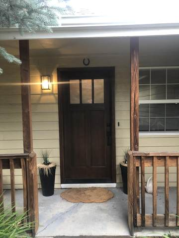 3320 NE Collier Court, Bend, OR 97701 (MLS #220128275) :: The Ladd Group