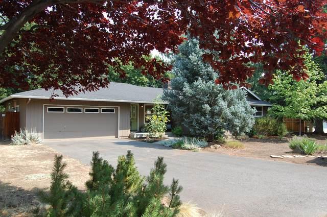 1672 NE Crestridge Drive, Bend, OR 97701 (MLS #220128290) :: The Ladd Group