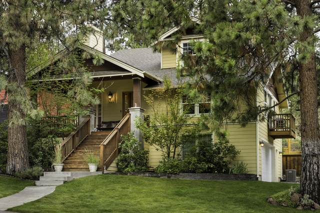 449 NW 17th Street, Bend, OR 97702 (MLS #220128291) :: Premiere Property Group, LLC