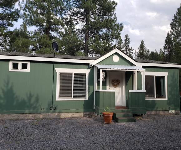 51540 Cedar Road, La Pine, OR 97739 (MLS #220128314) :: Vianet Realty