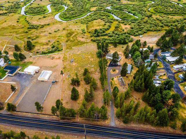 52685 Huntington Road, La Pine, OR 97739 (MLS #220128331) :: Coldwell Banker Sun Country Realty, Inc.