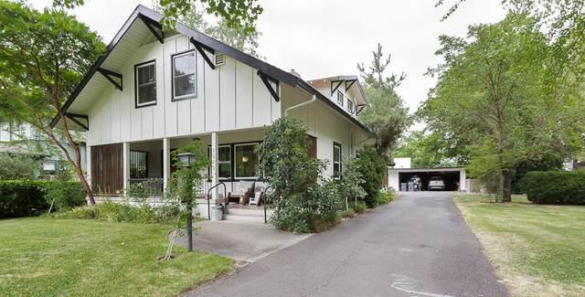 1013 S Oakdale Avenue, Medford, OR 97501 (MLS #220128335) :: Stellar Realty Northwest