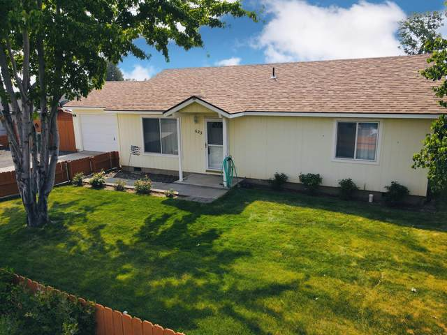 623 Center Ridge Drive, Culver, OR 97734 (MLS #220128337) :: Bend Homes Now