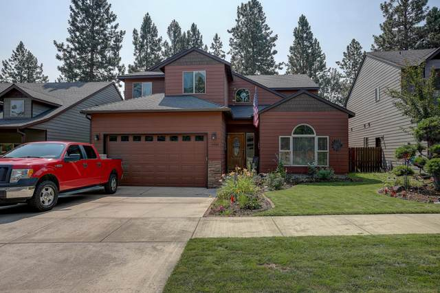 19789 Astro Place, Bend, OR 97702 (MLS #220128378) :: Stellar Realty Northwest
