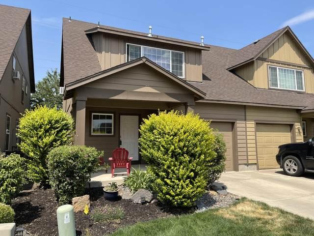 2890 SW Indian Circle, Redmond, OR 97756 (MLS #220128414) :: Chris Scott, Central Oregon Valley Brokers