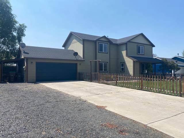 2185 NE Timberwolf Loop, Prineville, OR 97754 (MLS #220128441) :: Bend Relo at Fred Real Estate Group