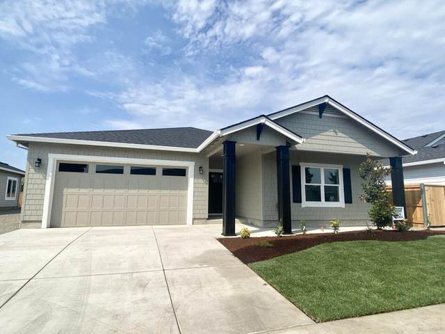 343 Cheney Loop, Central Point, OR 97502 (MLS #220128446) :: Vianet Realty