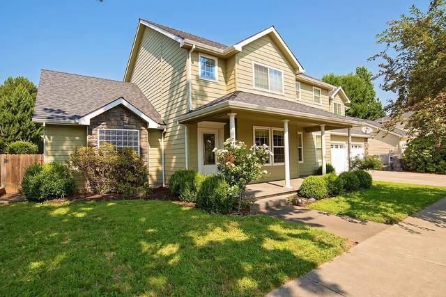 659 Oakley Street, Central Point, OR 97502 (MLS #220128447) :: Coldwell Banker Bain