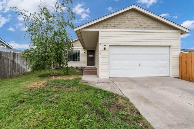 722 Center Ridge Drive, Culver, OR 97734 (MLS #220128448) :: Chris Scott, Central Oregon Valley Brokers