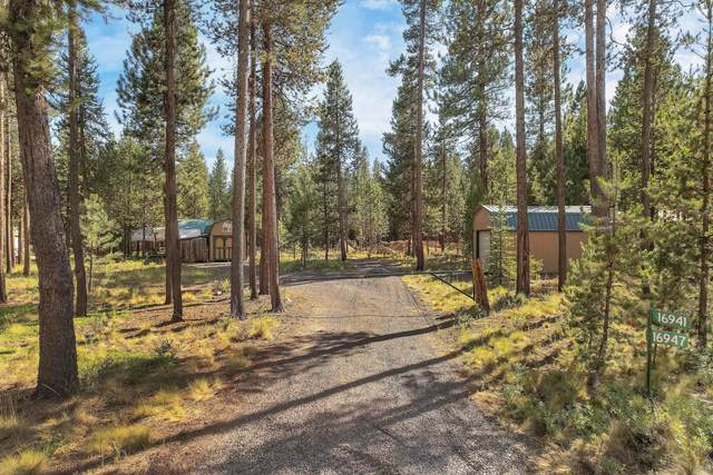 16941 Downey Road, Bend, OR 97707 (MLS #220128458) :: Bend Relo at Fred Real Estate Group