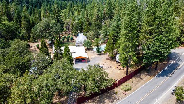 6585 Pleasant Road, Rogue River, OR 97537 (MLS #220128462) :: Stellar Realty Northwest