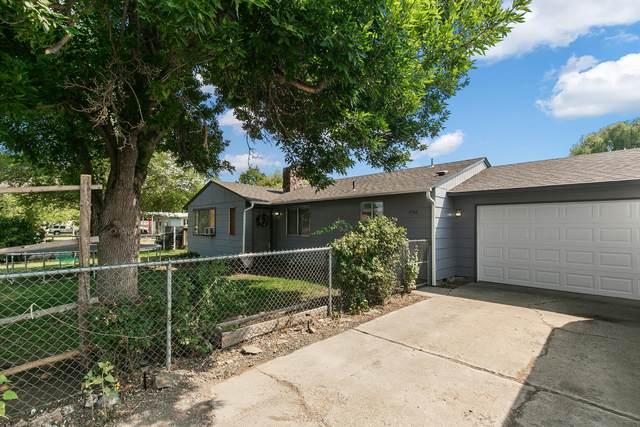 736 NE Dunham Street, Prineville, OR 97754 (MLS #220128464) :: Bend Relo at Fred Real Estate Group