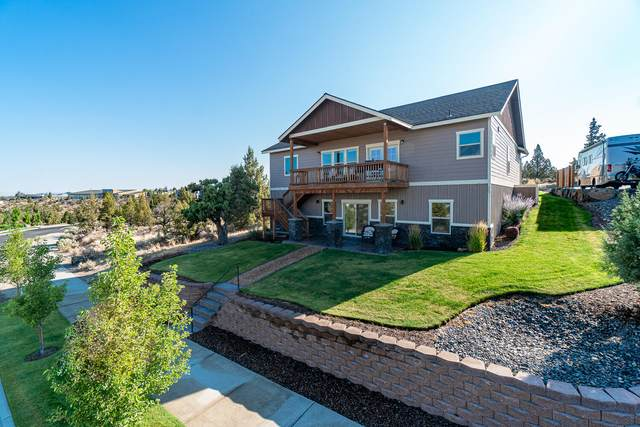 444 SE Manzanita Drive, Madras, OR 97741 (MLS #220128469) :: Chris Scott, Central Oregon Valley Brokers