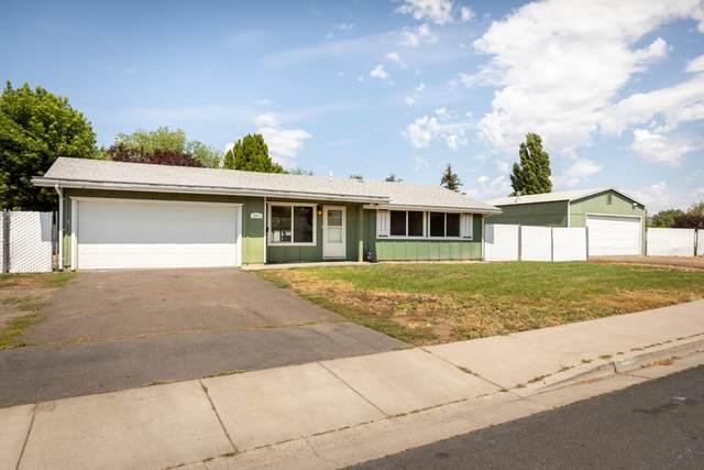 4941 Memorie Lane, Klamath Falls, OR 97603 (MLS #220128473) :: Coldwell Banker Bain
