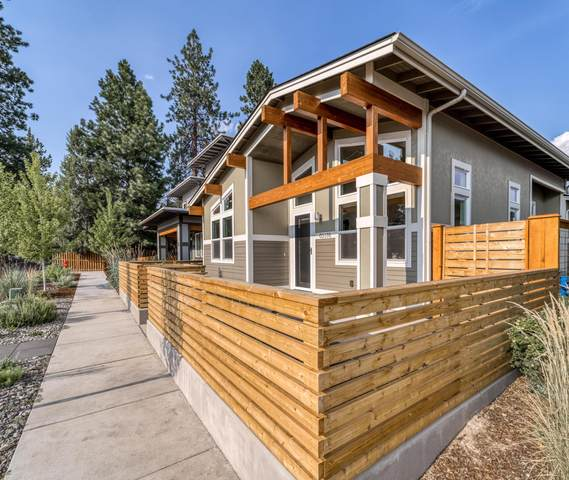 63378 Clearstone Drive, Bend, OR 97703 (MLS #220128529) :: Team Birtola | High Desert Realty