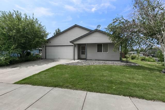 2915 SW 24th Court, Redmond, OR 97756 (MLS #220128547) :: Chris Scott, Central Oregon Valley Brokers