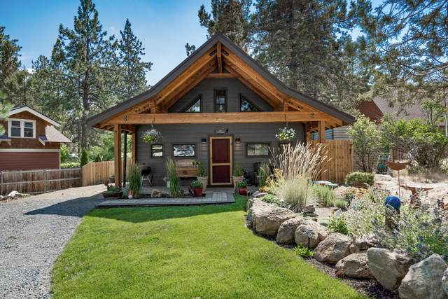 19975 Pinewood Road, Bend, OR 97702 (MLS #220128549) :: Chris Scott, Central Oregon Valley Brokers