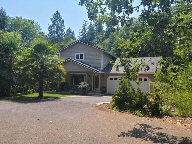 265 Shadowbrook Drive, Cave Junction, OR 97523 (MLS #220128556) :: Vianet Realty