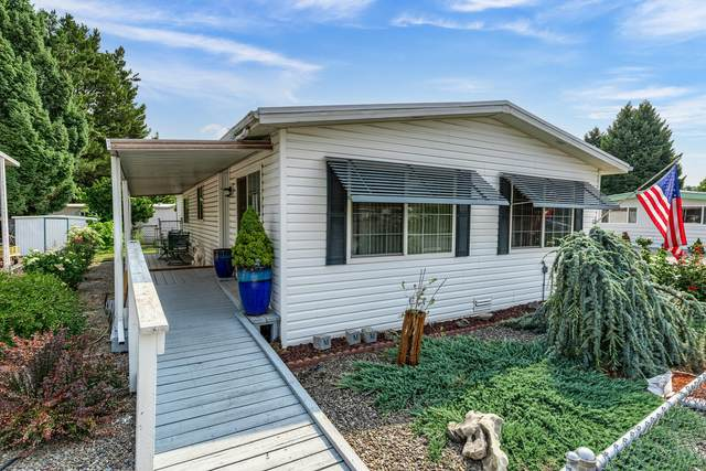 3431 S Pacific Highway #37, Medford, OR 97501 (MLS #220128559) :: Central Oregon Home Pros
