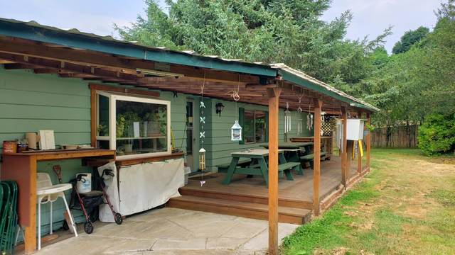 57 N Rush Lane, Lincoln City, OR 97367 (MLS #220128587) :: Central Oregon Home Pros