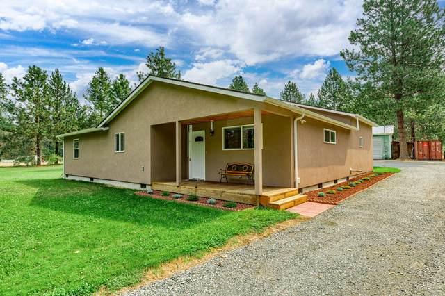 5379 E E Evans Creek Road, Rogue River, OR 97537 (MLS #220128629) :: Vianet Realty