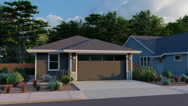 4026-Lot 121 SW Coyote Avenue, Redmond, OR 97756 (MLS #220128650) :: Team Birtola | High Desert Realty