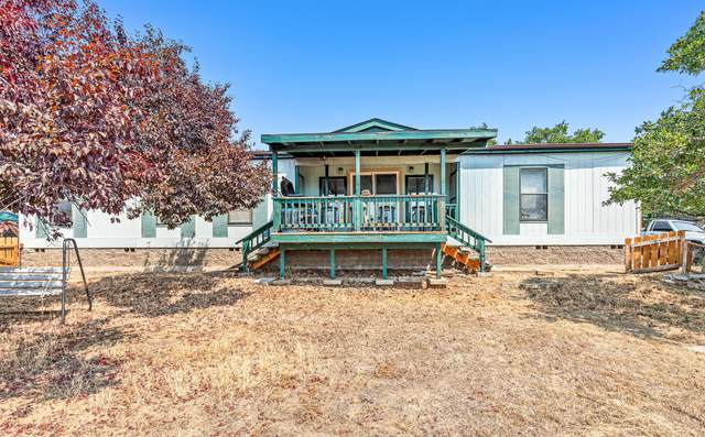 466 W Rolling Hills Drive, Eagle Point, OR 97524 (MLS #220128656) :: Schaake Capital Group
