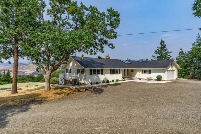 1319-1323 Neil Creek Road, Ashland, OR 97520 (MLS #220128725) :: The Riley Group