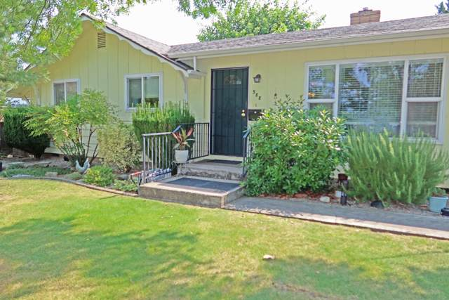 588 N 6th Street, Central Point, OR 97502 (MLS #220128734) :: Vianet Realty