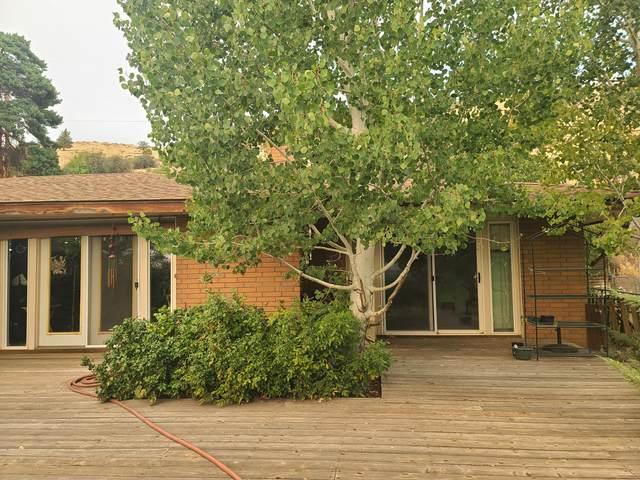 1619 Kimberly Drive, Klamath Falls, OR 97603 (MLS #220128759) :: Vianet Realty