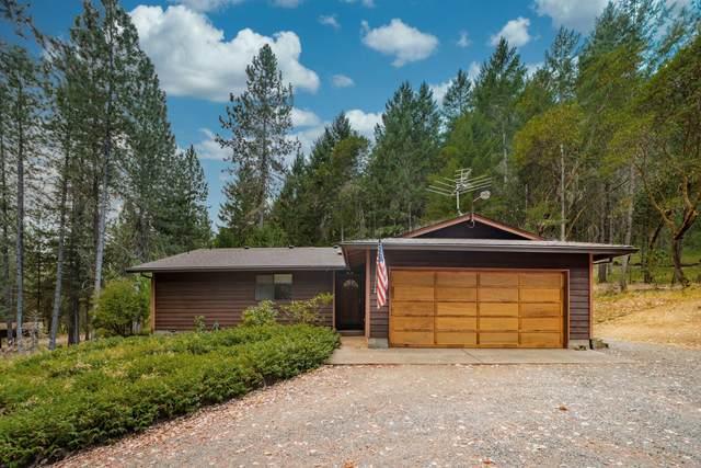 464 Grays Creek Road, Grants Pass, OR 97527 (MLS #220128769) :: Keller Williams Realty Central Oregon