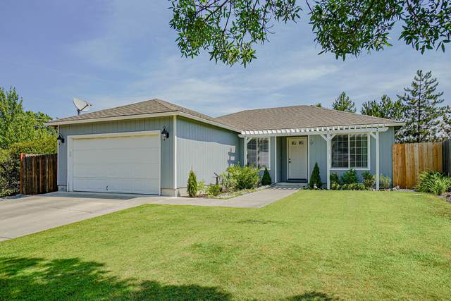7734 Garden Grove Court, White City, OR 97503 (MLS #220128793) :: FORD REAL ESTATE