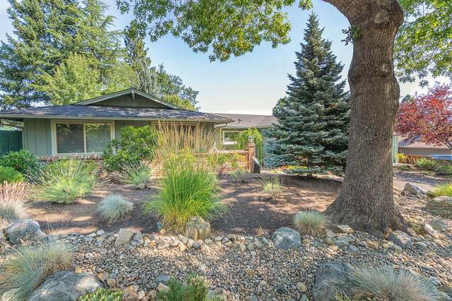 1230 Green Meadows Way, Ashland, OR 97520 (MLS #220128799) :: FORD REAL ESTATE