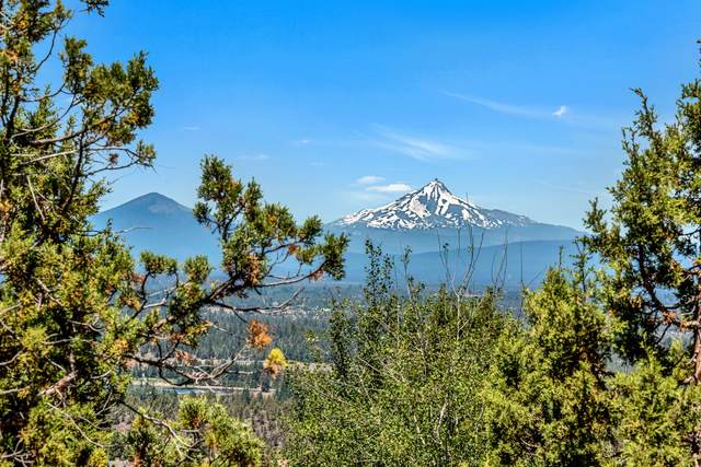 1535 Remarkable Drive, Bend, OR 97703 (MLS #220128807) :: Bend Relo at Fred Real Estate Group