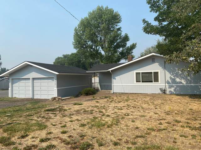 1610 Hope Street, Klamath Falls, OR 97603 (MLS #220128836) :: Team Birtola | High Desert Realty