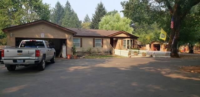 281 S Old Stage Road, Cave Junction, OR 97523 (MLS #220128866) :: Keller Williams Realty Central Oregon