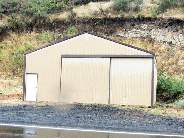 44 Lakeshore, Klamath Falls, OR 97601 (MLS #220128869) :: Team Birtola | High Desert Realty