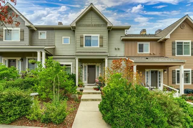 985 Camelot Drive, Ashland, OR 97520 (MLS #220128882) :: Keller Williams Realty Central Oregon