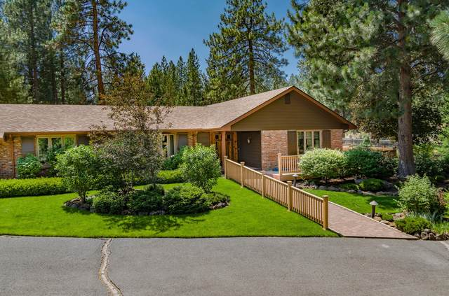 20659 Pine Vista Drive, Bend, OR 97702 (MLS #220129021) :: Arends Realty Group