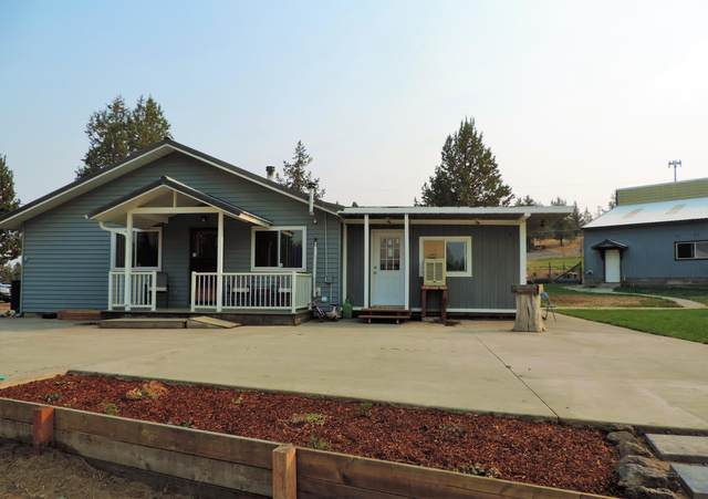 13270 SW Cinder Drive, Terrebonne, OR 97760 (MLS #220129101) :: Arends Realty Group