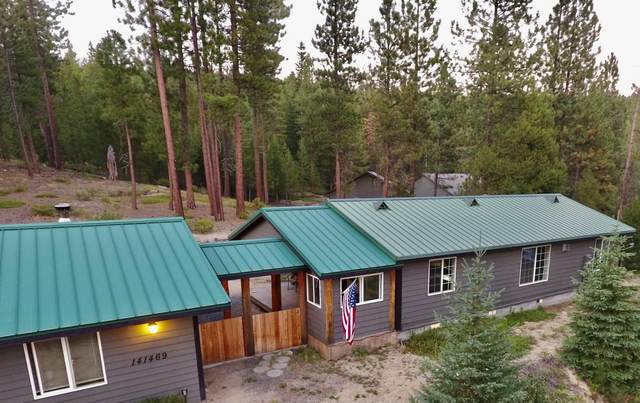 141469 Red Cone Drive, Crescent Lake, OR 97733 (MLS #220129156) :: Vianet Realty
