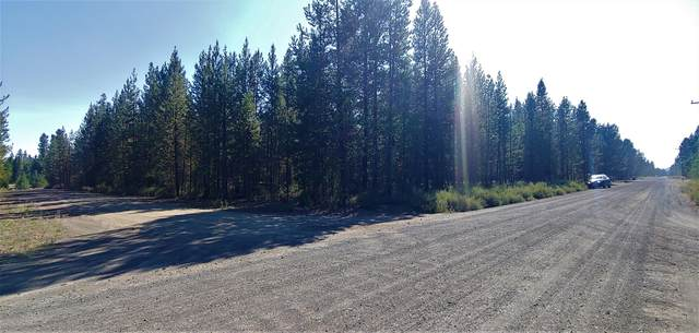 16245 Sparks Drive, La Pine, OR 97739 (MLS #220129248) :: The Bifano Home Team