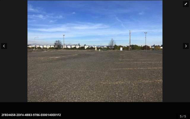 400 Federal Way, Central Point, OR 97502 (MLS #220129335) :: Chris Scott, Central Oregon Valley Brokers