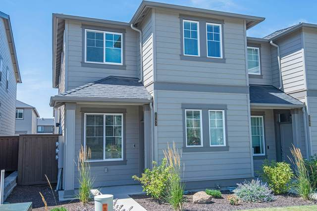 2543 NE Purcell Boulevard, Bend, OR 97701 (MLS #220129386) :: The Riley Group