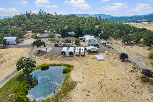 4264 Beagle Road, White City, OR 97503 (MLS #220129531) :: Coldwell Banker Sun Country Realty, Inc.