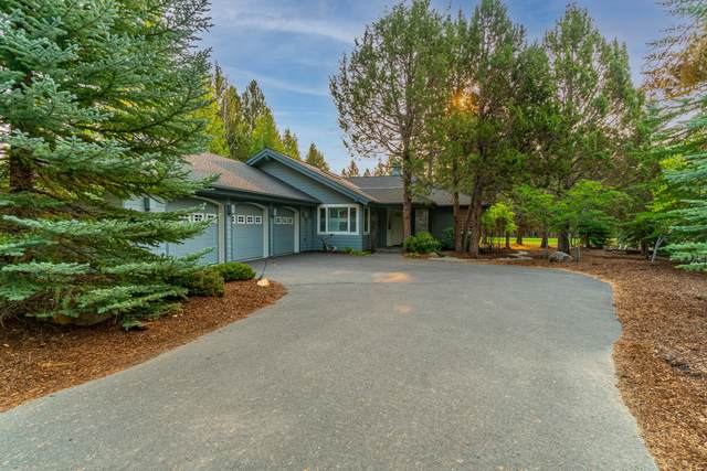 3358 NW Mccready Drive, Bend, OR 97703 (MLS #220129569) :: Coldwell Banker Bain