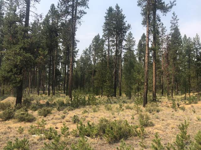17006 Upland Road, Bend, OR 97707 (MLS #220129596) :: The Bifano Home Team